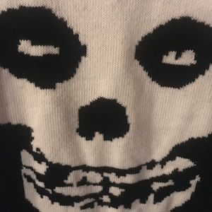Knitted misfits top